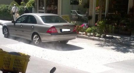 Θύελλα διαμαρτυριών από μερίδα καταστηματαρχών στη Λάρισα: «Γέμισαν σκόνη τα μαγαζιά μας» (φωτο)