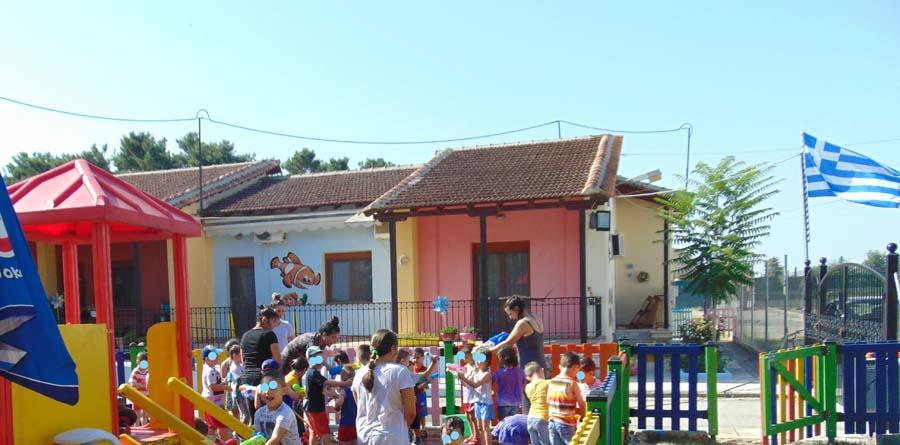 Καλοκαιρινή γιορτή για το κλείσιμο της σεζόν για τα νήπια του Βρεφονηπιακού Σταθμού της 1ης ΣΤΡΑΤΙΑΣ (φωτο)