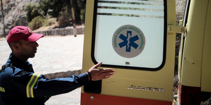 ασθενοφορο πορτα διασωστης