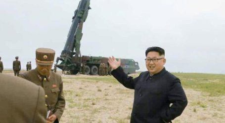 """Η Βόρεια Κορέα εκτόξευσε πυραύλους """"αγνώστου τύπου"""""""