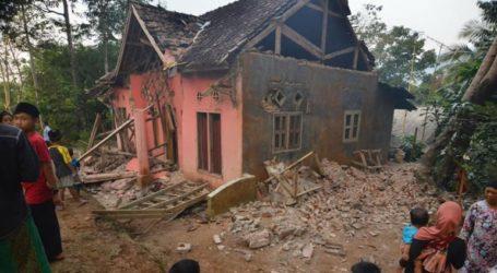 Τουλάχιστον πέντε νεκροί εξαιτίας του ισχυρού σεισμού