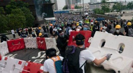 Χονγκ Κονγκ: Διαδήλωση διαλύθηκε με δακρυγόνα
