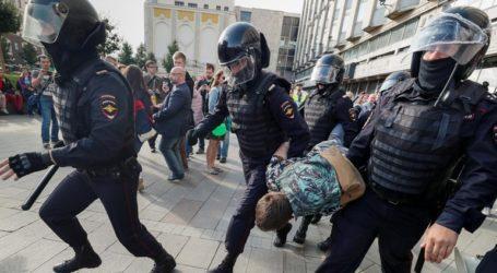 Υπό κράτηση περισσότερα από 100 άτομα που συμμετείχαν στις πρόσφατες διαδηλώσεις