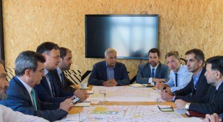 Διευρυμένη σύσκεψη για να αναζωογονηθούν το κέντρο και οι γειτονιές της Αθήνας
