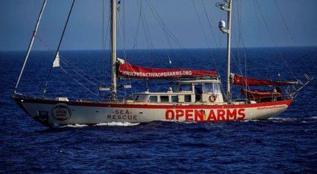 Το πλοίο Open Arms ανοιχτά της Ιταλίας διέσωσε ακόμη 39 μετανάστες