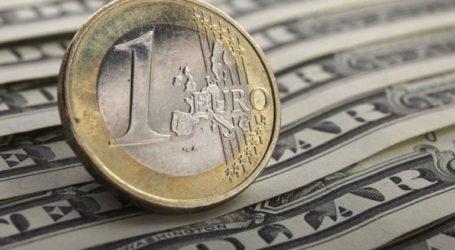 Το ευρώ υποχωρεί 0,23%, στα 1,1172 δολάρια