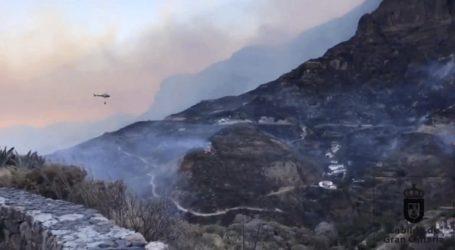 Συνεχίζεται η μάχη με τις φλόγες στο νησί Γκραν Κανάρια