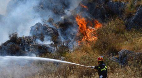 Υπό μερικό έλεγχο η φωτιά στην περιοχή Λευκοχώρι