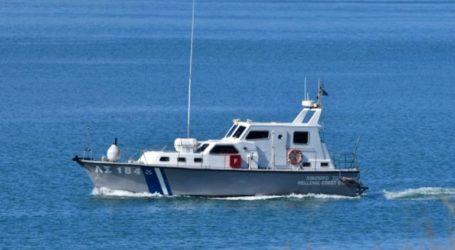 Εντοπίστηκε η ακυβέρνητη μηχανοκίνητη λέμβος με δύο επιβαίνοντες στη θαλάσσια περιοχή της Γυάρου