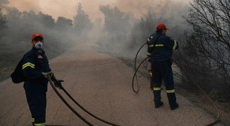 Αποστολή νερών και χυμών στις δυνάμεις κατάσβεσης στην Εύβοια