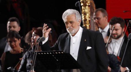Η όπερα του Λος Άντζελες θα ερευνήσει τις κατηγορίες σε βάρος του Πλάθιντο Ντομίνγκο περί σεξουαλικής παρενόχλησης