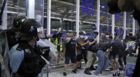 Άνοιξε το αεροδρόμιο του Χονγκ Κονγκ