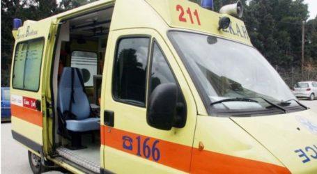 Όχημα έπεσε σε γκρεμό στη Σαντορίνη