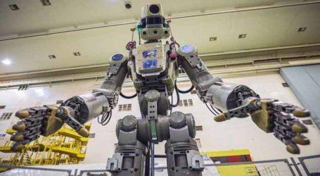Το ρωσικό ανθρωποειδές ρομπότ Fedor πάει στο Διάστημα