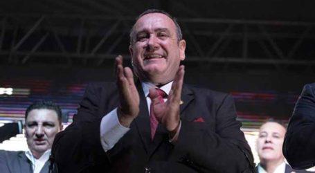 Η Ουάσινγκτον προτρέπει τον εκλεγμένο πρόεδρο της Γουατεμάλας να εφαρμόσει τη συμφωνία για τη μετανάστευση