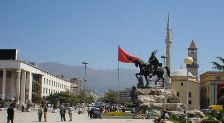 Ο Ερντογάν επιβάλλει στην Αλβανία την ονοματοδοσία πάρκου για τους… «πεσόντες» του πραξικοπήματος