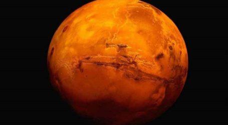 Ο ιδιοκτήτης της Tesla Ίλον Μασκ προτείνει να βομβαρδισθεί με πυρηνικά ο Άρης για να γίνει κατοικίσιμος