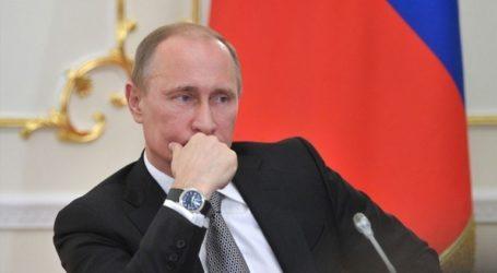 Η Μόσχα λέει πως δεν σχεδιάζει να αναπτύξει νέους πυραύλους, εκτός αν αναπτύξουν οι ΗΠΑ