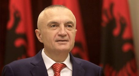Με τις εξελίξεις στο Κόσοβο συνδέει ο Μέτα την πολιτική κρίση στην Αλβανία