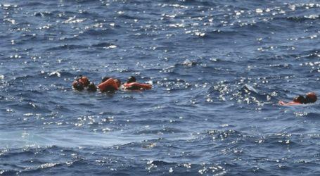 Απελπισμένοι οι μετανάστες πέφτουν στη θάλασσα