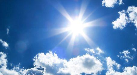 Ηλιοφάνεια με τοπικές νεφώσεις και αυξημένες συγκεντρώσεις σκόνης