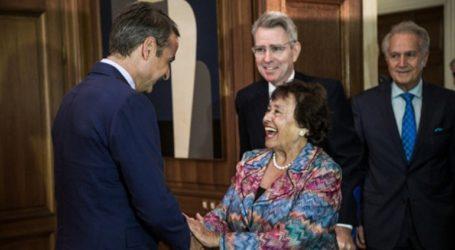 Συνάντηση Μητσοτάκη με τηνΠρόεδρο της Επιτροπής Κατανομής Πόρων της Βουλής των Αντιπροσώπων των ΗΠΑ