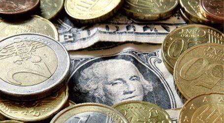 Το ευρώ ενισχύεται οριακά 0,03%, στα 1,1102 δολάρια