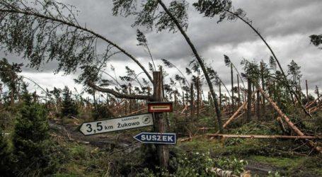 Νεκροί και τραυματίες από καταιγίδα στη νότια Πολωνία