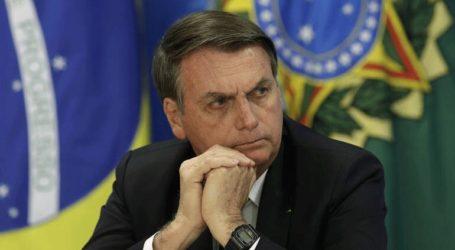 Ο Μπολσονάρου σκέφτεται να στείλει τον στρατό για να ελέγξει τις πυρκαγιές στον Αμαζόνιο
