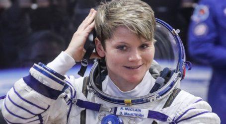 Αστροναύτης «έβαλε χέρι» στον λογαριασμό του πρώην συζύγου της από το… Διάστημα