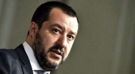 Ο Σαλβίνι απαγόρευσε σε πλοίο της Mission Lifeline να προσεγγίσει την Ιταλία
