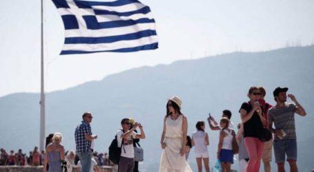 Ανθεκτικός ο ελληνικός τουρισμός παρά το δυσμενές διεθνές περιβάλλον