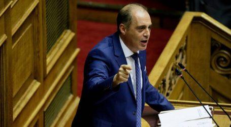 «Ο Μητσοτάκης δεν θα απασχολήσει τη Μέρκελ με πλεονάσματα και Σκοπιανό»