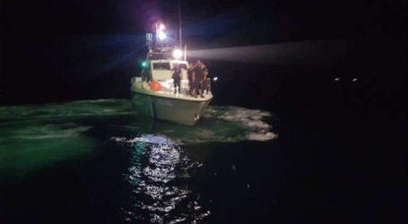 Εισροή υδάτων σε σκάφος με τέσσερις επιβαίνοντες