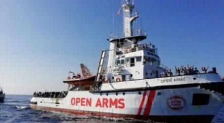 Σε ισπανικό λιμάνι έφτασε το Open Arms που μετέφερε 15 μετανάστες