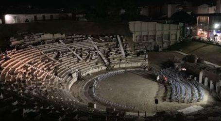 Οι προετοιμασίες του Αγοραστού στο Αρχαίο Θέατρο