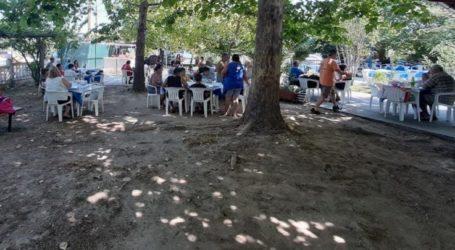 Δωρεάν θαλασσινά μπάνια έκαναν Λαρισινές οικογένειες μέσω προγράμματος του δήμου