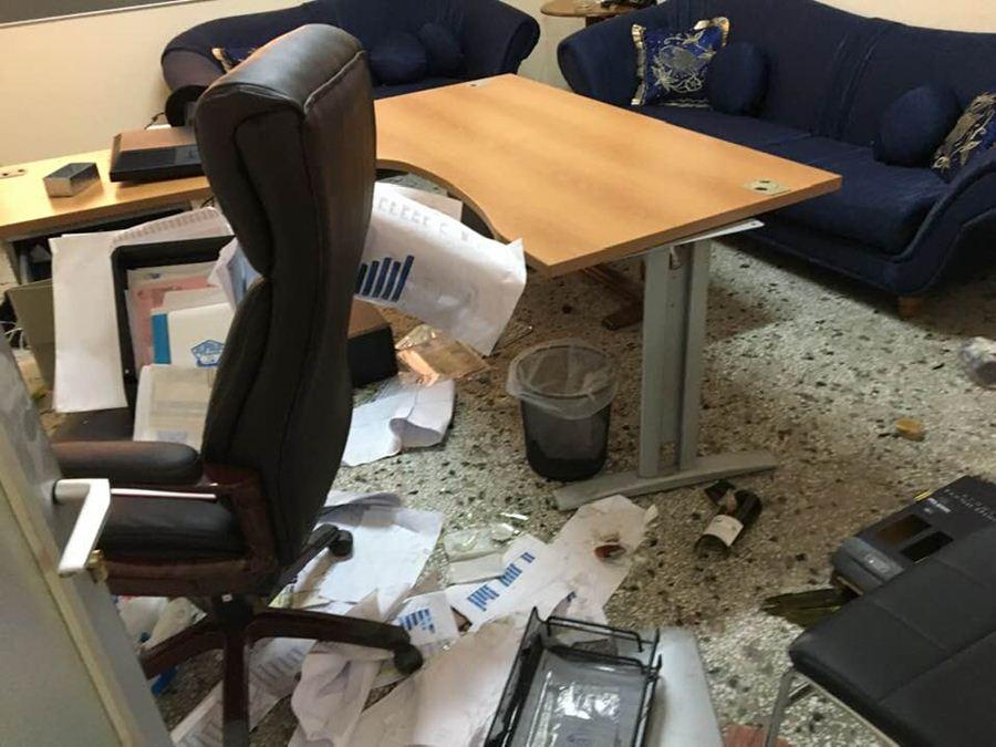 Ληστεία με απόπειρα φόνου στη μεταφορική εταιρείαΛαρισαίου επιχειρηματία (φωτο)