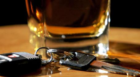 Βόλος: Ήπιαν ποτά, μέθυσαν και τράκαραν με τα αυτοκίνητά τους!
