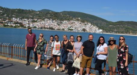 Βρετανοί τουριστικοί πράκτορες στη Σκόπελο