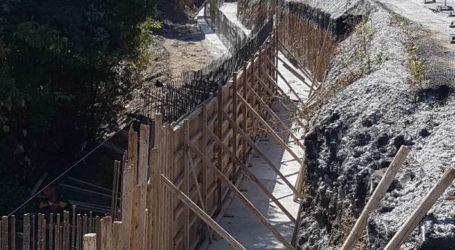 Συνεχίζονται οι εργασίες αποκατάστασης στο οδικό δίκτυο του Δ. Νοτίου Πηλίου