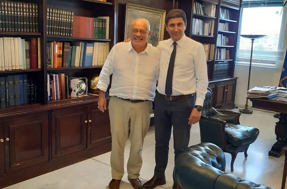 Ο Δήμαρχος Σκοπέλου με τον Υφυπουργό Πολιτισμού και Αθλητισμού κ.Αυγενάκη
