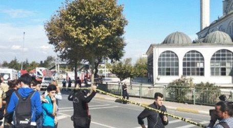 Ισχυρός σεισμός στην Κωνσταντινούπολη: Κατέρρευσε μιναρές σε τζαμί