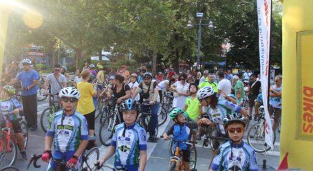 «Πλημμύρισε» από ποδήλατα το κέντρο της Λάρισας – Μεγάλη βόλτα στους δρόμους της πόλης (φωτο)