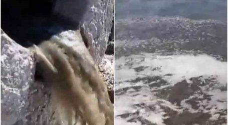 Περιβαλλοντικό έγκλημα στον Σαρωνικό; Γέμισε με «κιτρινοκαφετί νερά» η θάλασσα στη Βούλα