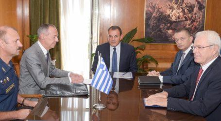 Συνάντηση του ΥΕΘΑ Νικόλαου Παναγιωτόπουλου με τον Ρώσο Πρέσβη Andrey M. Maslov