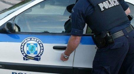 Συνελήφθη 28χρονος που φέρεται να μετέφερε παράνομα μετανάστες