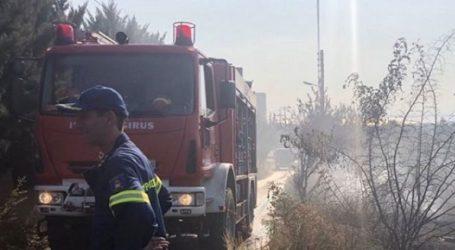 Πυρκαγιά σε εγκαταλελειμμένο camping στην Αγία Τριάδα Θεσσαλονίκης