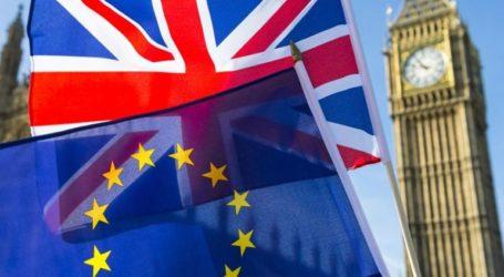 Πάνω από 16 δισεκ. δολάρια το κόστος ενός no-deal Brexit