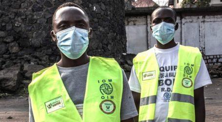 Περιοδεία του Γερμανού ΥΠΕΞ Χάικο Μάας σε περιοχή που πλήττεται από τον Έμπολα